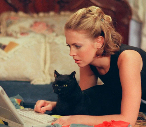 sabrina-salem Black Cats: Busting The 'Unlucky' Myths